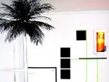 Miamiweiss// Palme/ Gurte/ MDF/Alutape /Holz/Acrylglas/Filz/Spiegelobjekt/ 2011